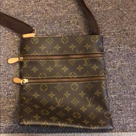 Louis Vuitton Handbags - Louis Vuitton monogram crossbody